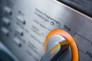 Bosch Çamaşır Makinesi Çalışırken Duruyor